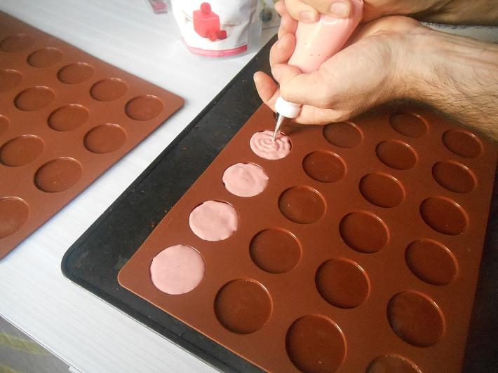 4_tapis-macaron-douille-patisserie