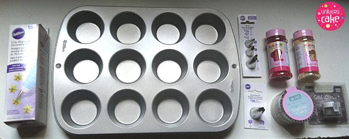 moule_ustensiles_cupcake-nutella_universcake-logo