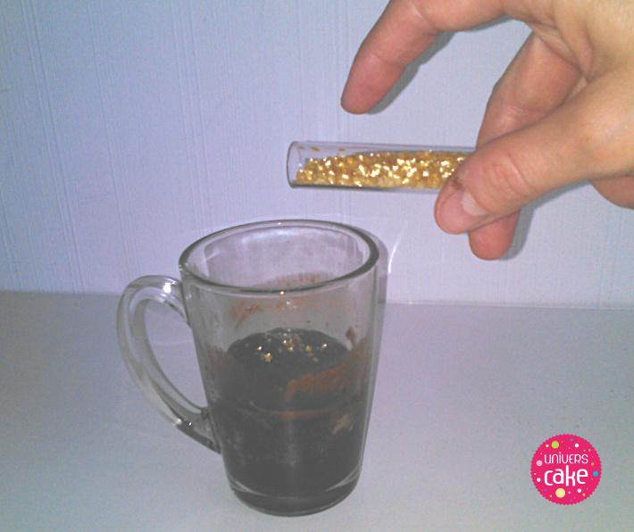 recette-mug-cake_fondant-chocolat_decoration-etoile-2