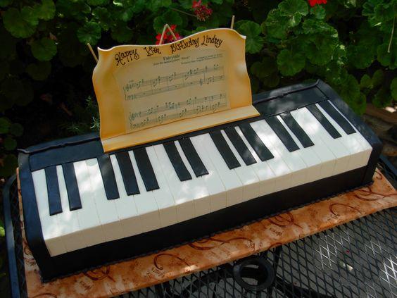 karens-bakery_gateau-piano